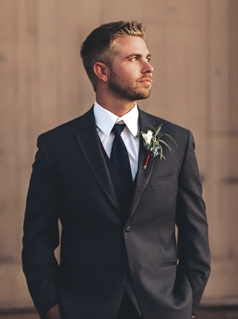 Suits trend over Tuxedos
